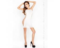 Белое платье на тонких бретелях